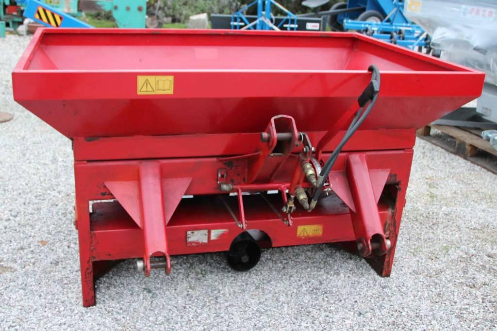 Spargiconcime macchine agricole antonio magnagna for Vigolo macchine agricole